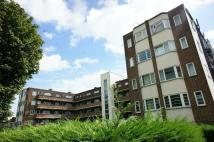 3 bedroom Flat to rent in Anerley Park SE20