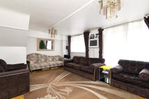 Flat for sale in Dartmouth Close, London