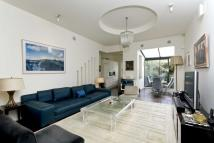 2 bed Flat in All Saints Road...