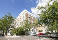 1 bedroom Flat in Blenheim Crescent, London