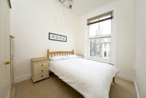 Russell Road Flat to rent