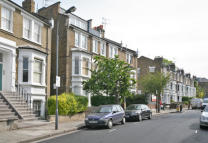 1 bedroom Flat in Lena Gardens, London