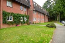 3 bed Flat to rent in Knightstone Grove...
