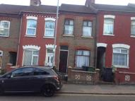 2 bed semi detached home to rent in DALLOW ROAD, Luton, LU1
