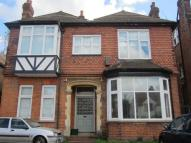 Flat to rent in Sandford Road BR2