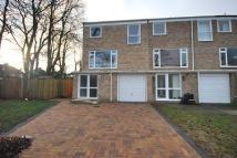 3 bedroom End of Terrace property to rent in Cornford Close BR2
