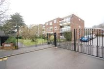 Flat to rent in Orchard Road Bromley BR1