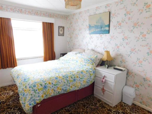 Ground Floor Bedroom / Dining Room
