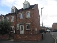 3 bed Town House to rent in Station Road, Epworth...