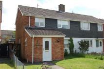 3 bed semi detached house to rent in Arundel Walk, Corby