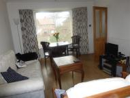 3 bed property in West Park Close, LEEDS