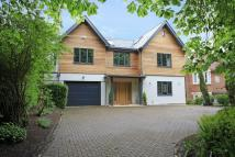 6 bed Detached house in Jack Straws Lane...