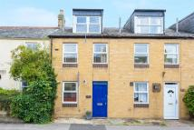 3 bed Terraced house in New High Street...