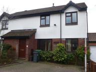 4 bed semi detached house to rent in Garrick Drive, Thornhill...
