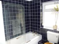 2 bed Flat to rent in Llantrisant Road...