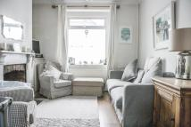 2 bed house in Glamorgan Street, Canton...
