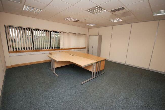 Suite 2 photo 2