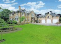 Detached property in Roundhay, Leeds