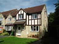 3 bed property in Folkstone Close...