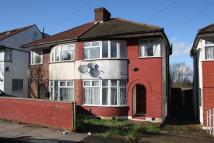 3 bed semi detached home in The Heights, Northolt
