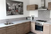 2 bed Flat to rent in Bridgman Road, Chiswick,