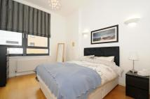Apartment to rent in Larden Road, Chiswick...