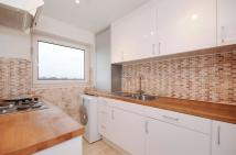 Apartment to rent in Green Vale, Ealing