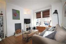 Oaklands Road Apartment to rent