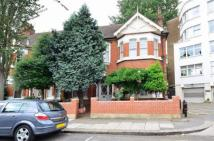Woodgrange Avenue Flat to rent