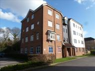 Apartment in Vicars Bridge Close,