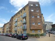 Apartment to rent in Tilley Road, Feltham