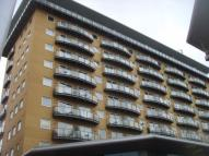 2 bed Apartment to rent in Hamlyn House...