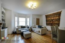 Flat to rent in Harwood Road
