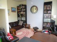 Flat to rent in Northwood Road, Highgate