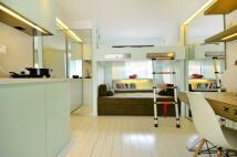 2 bedroom Studio apartment to rent in Chalk Farm Road,