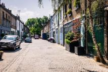 2 bed Mews to rent in Russell Gardens Mews...