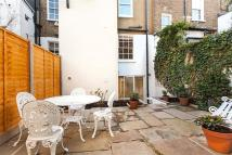 2 bedroom house to rent in Penzance Place, London