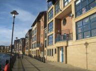 Ground Flat to rent in Mariners Wharf