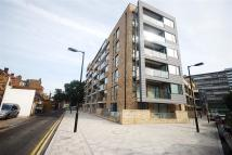2 bed Penthouse to rent in Boyson Road,