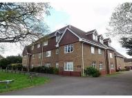 Apartment to rent in Vale Road Camberley  GU15