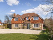 4 bed Detached property for sale in Easebourne, West Sussex