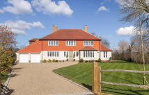 4 bedroom property for sale in Easebourne, West Sussex