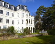 2 bed Apartment for sale in Graffham, West Sussex