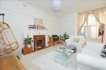 Flat in St Peters Road, Croydon