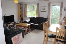 2 bedroom Flat to rent in Court, 2A Birdhurst Road...
