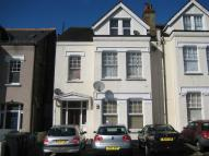Apartment to rent in Woodstock Road, Croydon