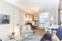 2 bedroom Apartment to rent in Woodstock Grove, London