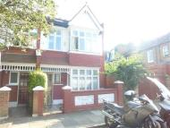 4 bed Apartment to rent in Larnach Road, LONDON