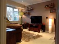 2 bed Flat in Valley Close, LOUGHTON