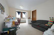 Flat to rent in Leather Lane, London
